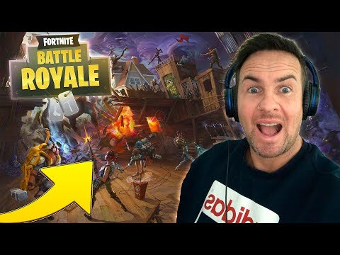 FORTNITE BATTLE ROYAL - DONUT THE DOGS FIRST EVER TIME PLAYING FORTNITE!!