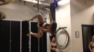 Pole combo -Teddy to invert to star to knee hang to remi