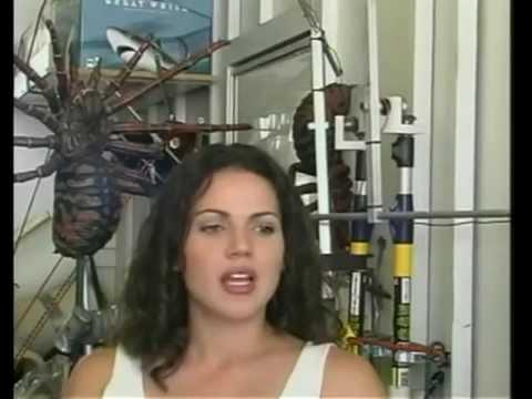Lana Parrilla (Behind Scene Spiders)
