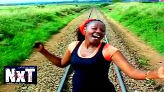 Sarah K   Niinue Mbele Ninaendelea)   YouTube