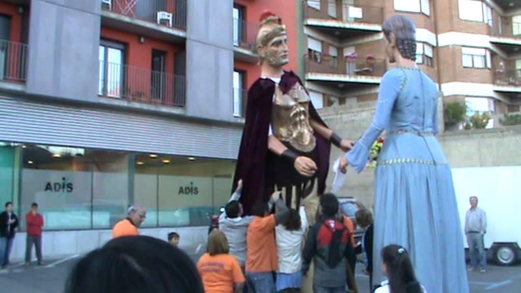 Download inauguració Centre Adis a Puigcerdà. Caiguda de gegant