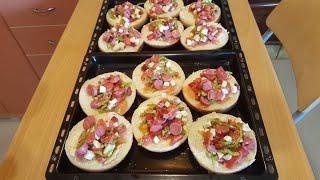 en pratiğinden mini mini pizzacıklar