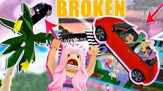 ROYALE HIGH IS BROKEN?! CRAZY CAR GLITCH! WHO LET BARBIE DRIVE?!?!