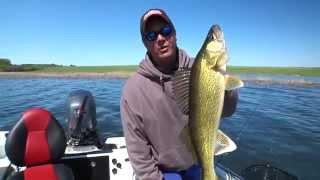 Devils Lake Open Water Walleyes - In-Depth Outdoors TV, Season 5 - Episode 8