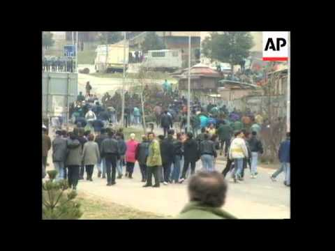 KOSOVO: ETHNIC ALBANIAN CONTINUE ANTI SERB DEMONSTRATIONS