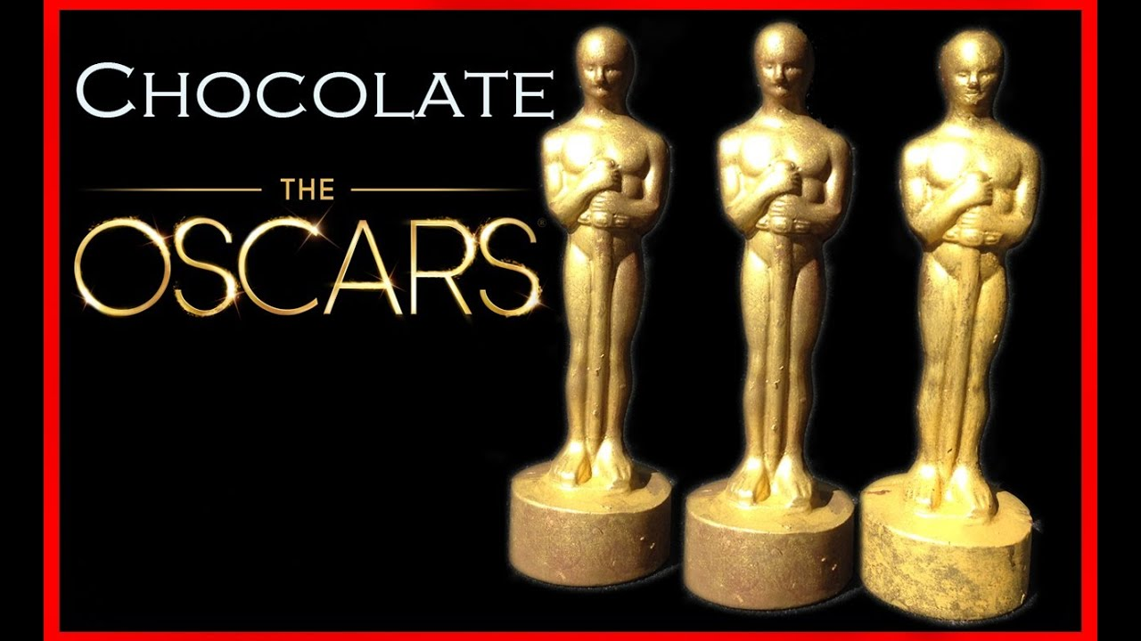 Awards Night Statue Cookies. Happy Saturday and day before the Oscars. Whose gonna be watching Sunday night? I wanted to re-share these fun sugar cookie statues I made a few years ago because I still get questions about them when the Academy Awards roll around.