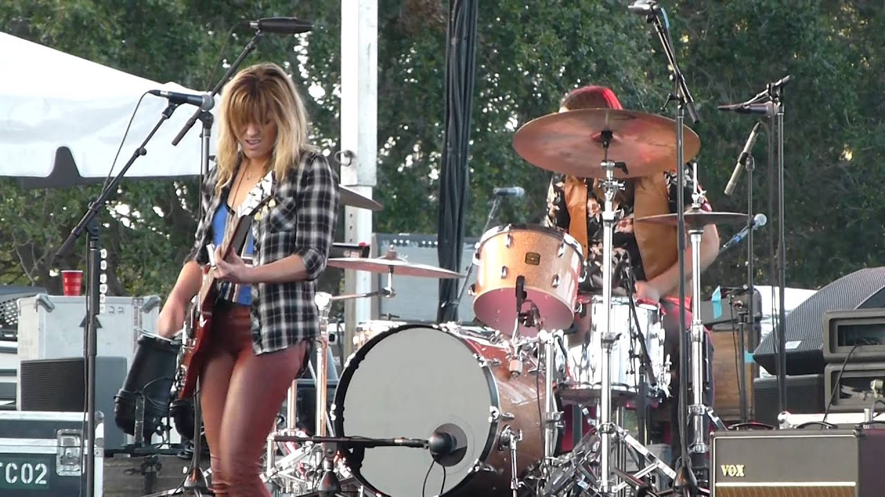 grace-potter-gods-gonna-cut-you-down-sunshine-blues-festival-st-petersburg-fl-1-17-2015-wardenjune