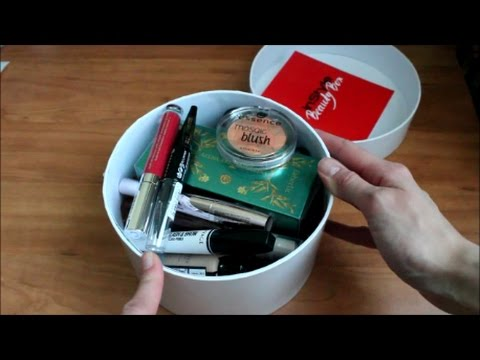 Коробочка InStyle Beauty Box декабрь 2016