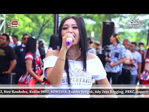 9th Anniversary PRKC - Yamaha RX King Indonesia -  Yeyen Vivia - New Kendedes
