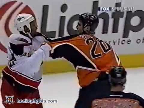 Jean-Luc Grand-Pierre vs Jason Wiemer Nov 29, 2002