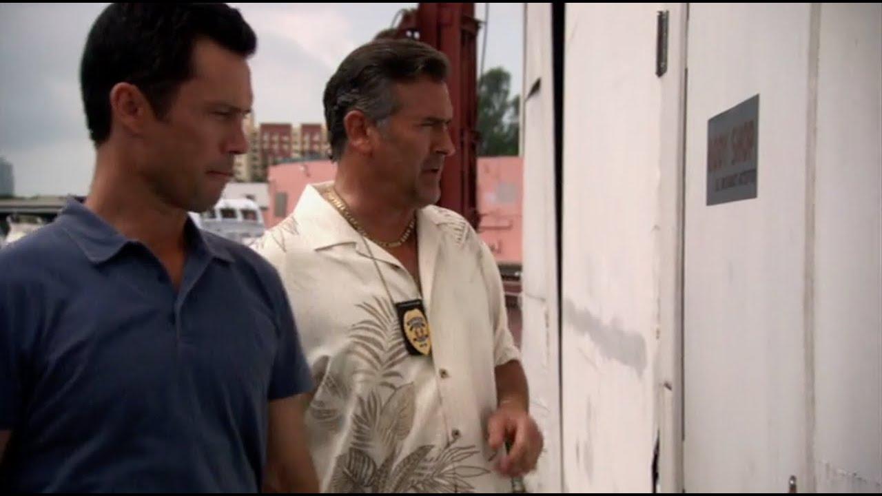 "Download ""Deputy Finley, Miami Dade Sheriff's Department"" (Burn Notice) ( 4 x 9 )"