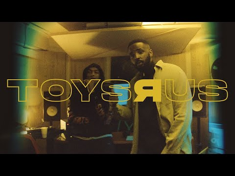 Youtube: Makala – TOYS R US
