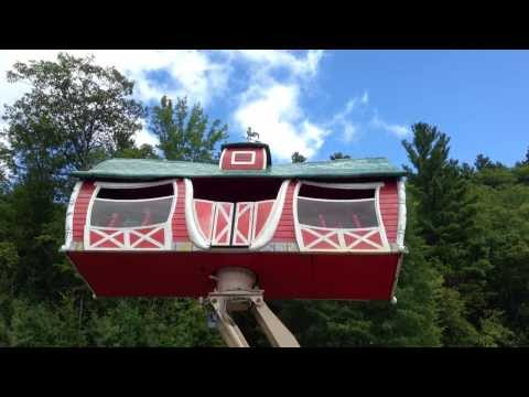 Crazy Barn - Story Land