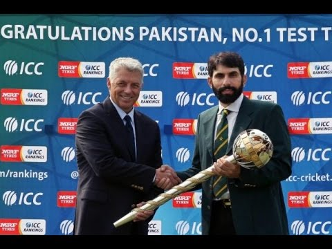 Misbah-ul-Haq honored with ICC Test Championship mace over top test ranking