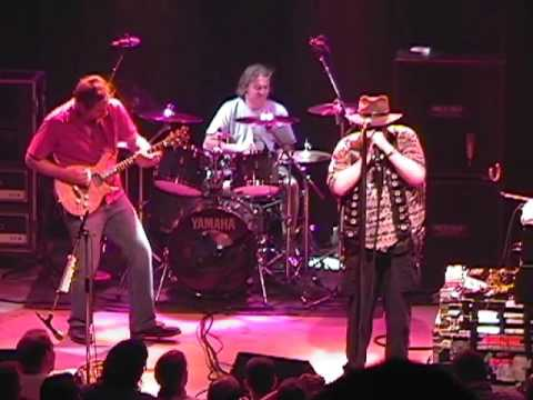 Blues Traveler - 7/5/00 - Fox Theatre - [Full Show] - Boulder CO - [Tripod/Taper-Audio] [New Source]