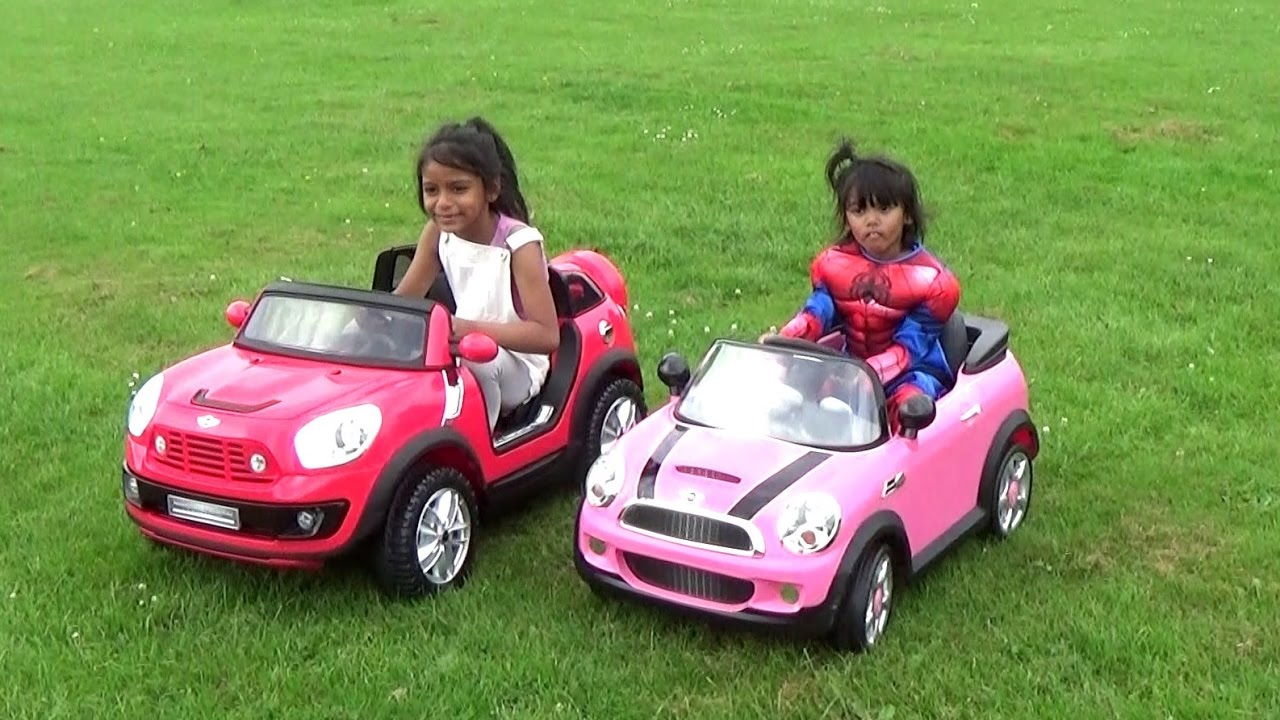 Toddlers Driving Pink Bmw Mini Cooper Vs Beachcomber Ride On Kids Playtime Park Fun Youtube