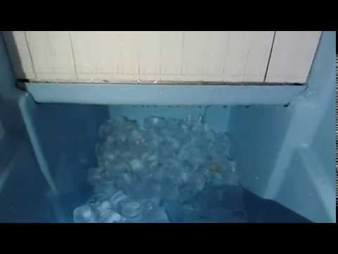 Maquina de hielo en cubos 40gr itv espa ol 45kg 24hr youtube for Como hacer una maquina recreativa