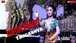 Download lagu TARI GAMBYONG Oleh sinden cantik DIKE SABRINA dengan kelembutan gerakan tangan Sinden DIKE SABRINA