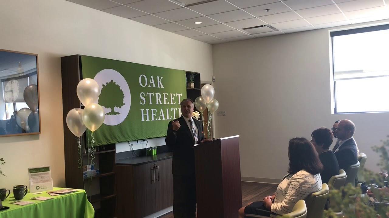 Oak Street Health holds ribbon cutting for new Burton ...