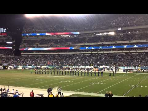 Philadelphia game Marines silent drill platoon
