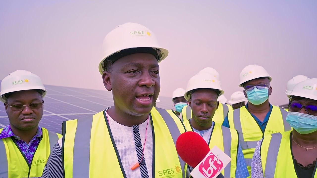 Visite ministérielle de la Centrale solaire Nagréongo au Burkina