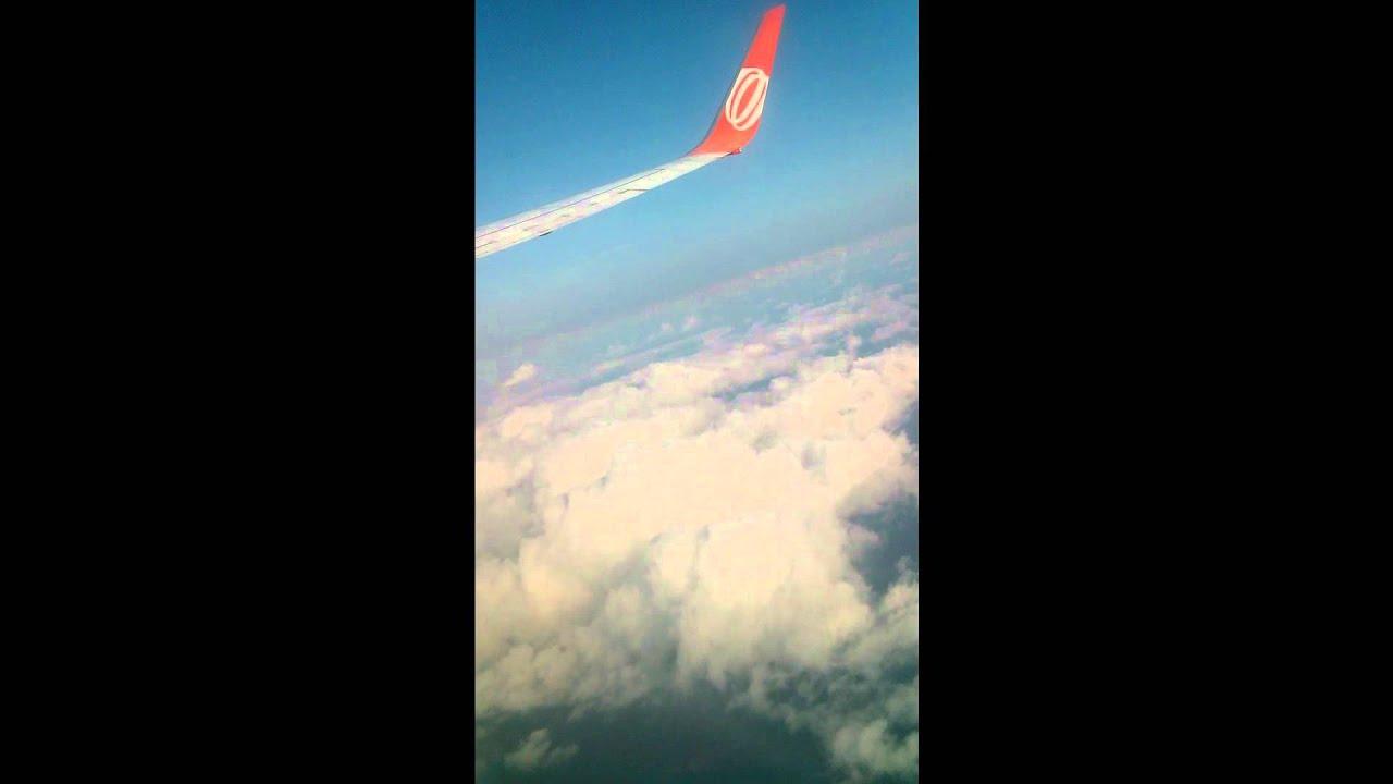 Avio voando acima das nuvens entre salvador e campina grande youtube avio voando acima das nuvens entre salvador e campina grande thecheapjerseys Choice Image
