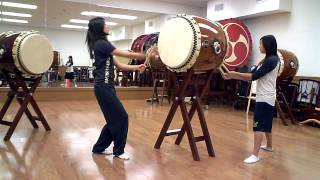 Hachijo Taiko routine by Vivian @ Asano Taiko LA