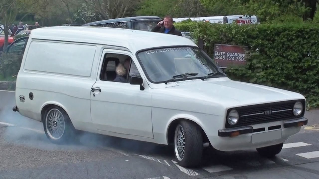 Ford Escort Mk2 Van Burnout - YouTube