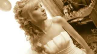 Готовимся к свадебной видеосъёмке: кольца, платье, букет