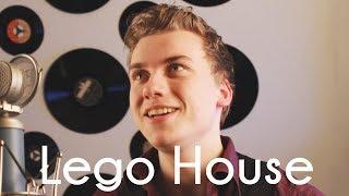 Lego House Ed Sheeran Cover by Phantaboulous.mp3