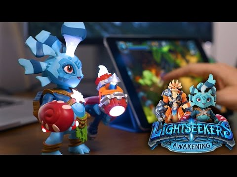 NEW! Lightseekers - Tomy's Smart Toy Video-Game (PlayFusion)