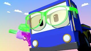 Kleinen Trucks   Der Kampfplatz - Lerne mit den kleinen Trucks 👶 🚚 Lehrreiche Cartoons für Kinder