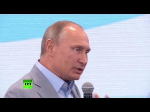 Poutine s'entretient avec des participants du 19e Festival de la jeunesse à Sotchi (Direct du 21.10)