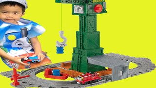 Thomas the Train: Take-n-Play Cranky at the Docks.  #ThomasAndFriends #CrankyCrane