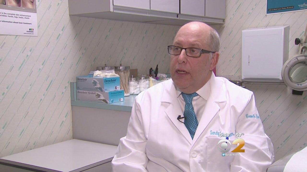 Dr  Max Gomez: Vitiligo Treatment