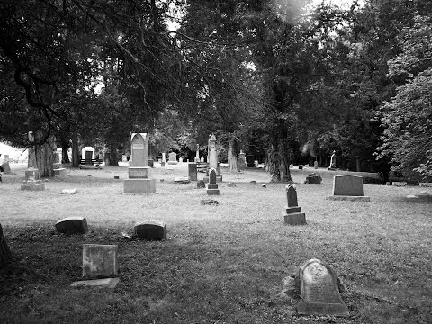 Old  Burlington,  Cemetery