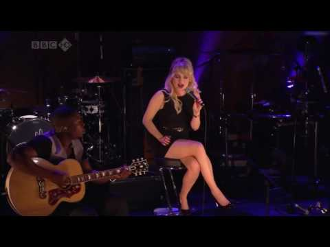 Duffy - Distant Dreamer Live BBC HD
