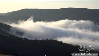Vallée du Bez depuis le col du pendu  (Ardèche) (4K)
