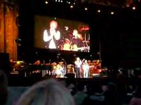 Simon And Garfunkel - I Am A Rock - Live In München 2004 mp3