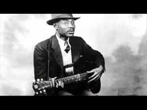 Blind Boy Fuller - I'm Climbin' On the Top of The Hill