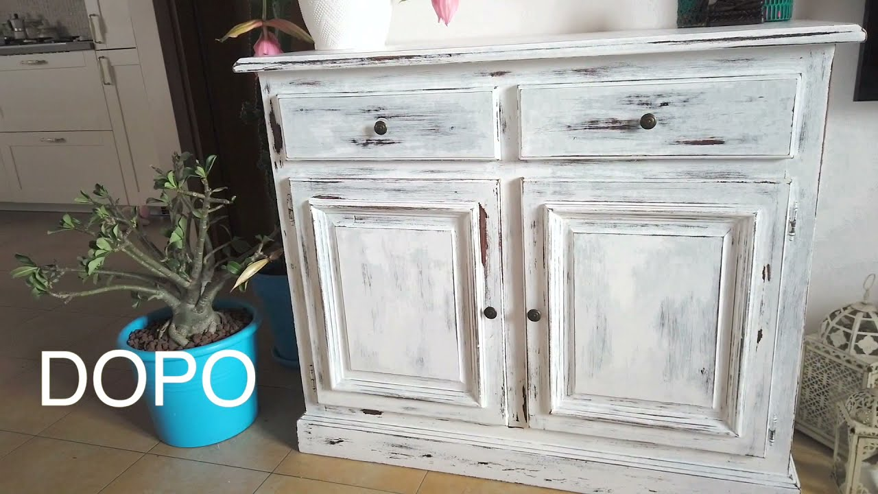 The living room in chantal's home continues with more stylish country cottage manufactured home decorating ideas. Come Trasformare Un Mobile In Stile Shabby Chic Youtube