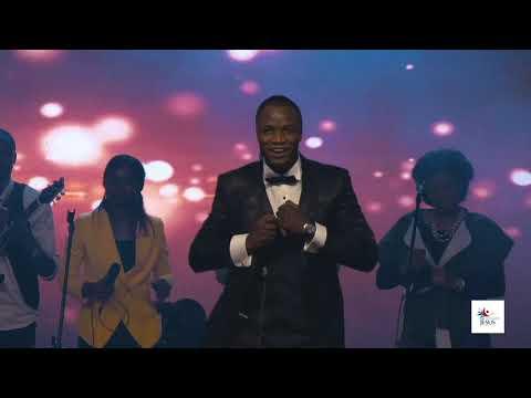 Michel Bakenda - kombo na yesu ( acclamons jésus 3)