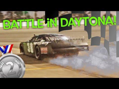 Burnouts In Race Car! Hailie Deegan Battles In Daytona! New Smyrna Speedway