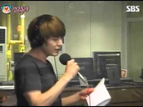 110819 Heechul & Kyuhyun - 7 Years Of Love @ Young Street