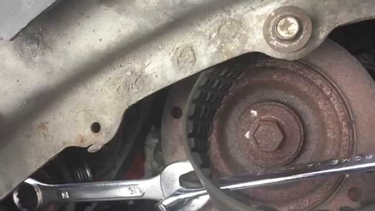 How To Loosen A Serpentine Or Drive Belt On 2000 Mercury Mystique 2006 Ford Focus Alternator Location Replace In 1998 Taurus