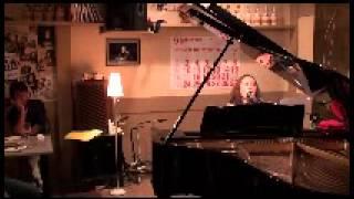洋楽 ピアノ弾き語り バラード マライア・キャリーのHero 感動の名曲 三...