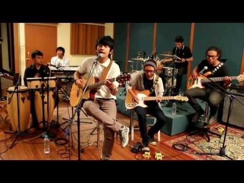 Cinta Adalah 5 - RNF (Live)