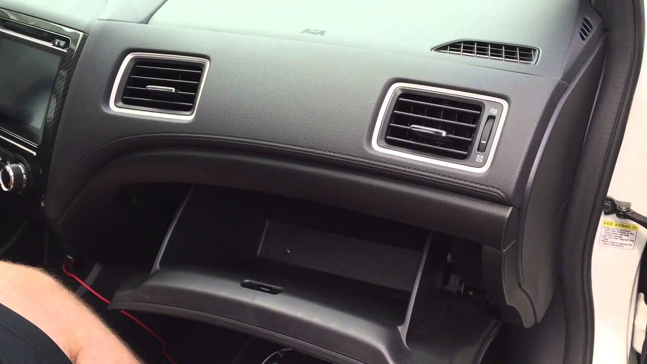 2014 Honda Civic SI Cabin Air Filter Change - YouTube