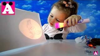 Принцесса София волшебный фонарик распаковка. Sofia the first Magic torch unboxing toys
