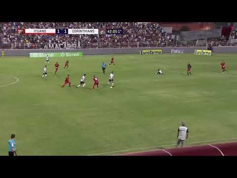 No apto para impresionables: impactante fractura en el fútbol brasileño